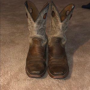 Men's Ariat Boots - Roughstock